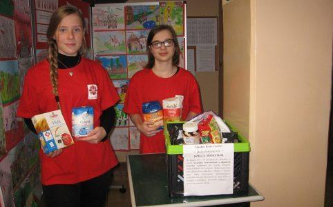 Szkolne Koło Caritas – akcje charytatywne w szkole.